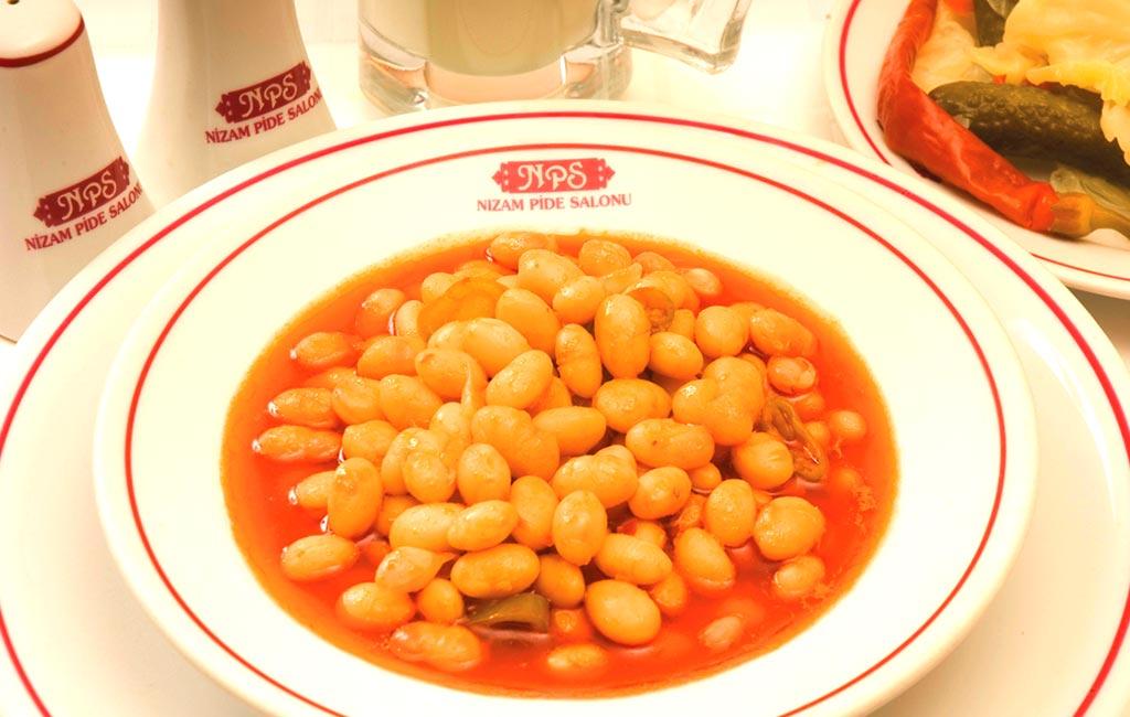 Beyoğlunda Yemek Yenilecek En Güzel Yer Nizam Pide Salonları